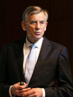 Simon, Prof. Dr. Hermann